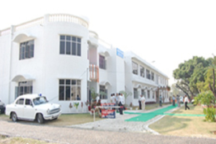 https://cache.careers360.mobi/media/colleges/social-media/media-gallery/13618/2019/5/10/Campus View  of Rama College of Education Meerut_Campus-View.jpg