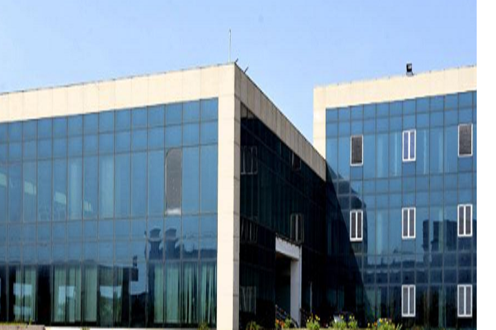 https://cache.careers360.mobi/media/colleges/social-media/media-gallery/1362/2019/7/2/Campus-View of DAV University Jalandhar_Campus-View.png