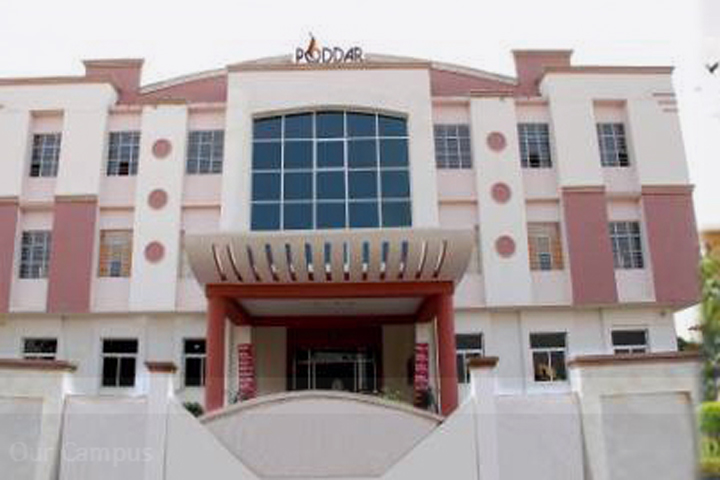 https://cache.careers360.mobi/media/colleges/social-media/media-gallery/13843/2019/5/7/Campus view of Poddar International College Jaipur_Campus-View.jpg