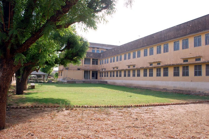 https://cache.careers360.mobi/media/colleges/social-media/media-gallery/13864/2019/2/28/Campus view of Kanoria College Jhunjhunu_Campus-View.jpg