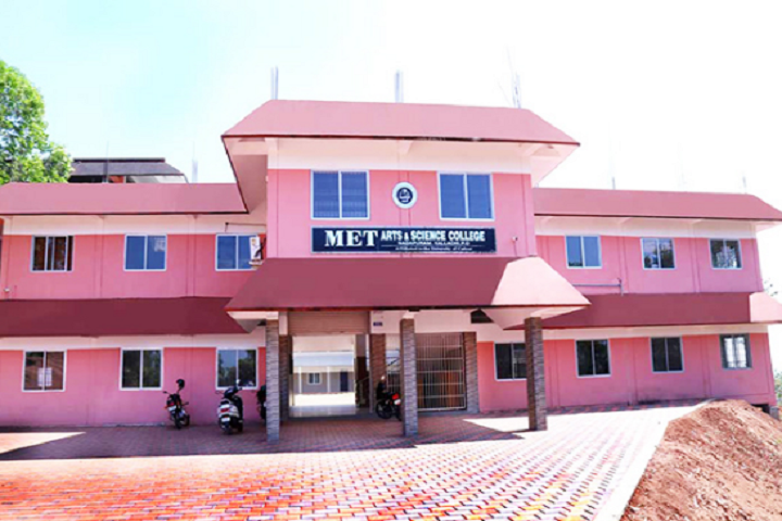 https://cache.careers360.mobi/media/colleges/social-media/media-gallery/13875/2019/5/9/College Front View of MET Arts and Science College Nadapuram_Campus-View.png