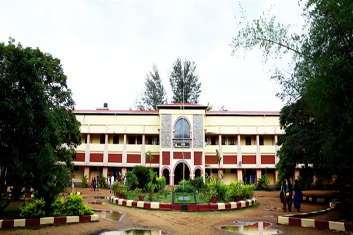 https://cache.careers360.mobi/media/colleges/social-media/media-gallery/13908/2018/8/27/MES-Ponnani-College_Campus-view.jpg