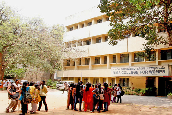 https://cache.careers360.mobi/media/colleges/social-media/media-gallery/13950/2018/12/10/College Front View of BMS College for Women Bangalore_Campus-View.jpg