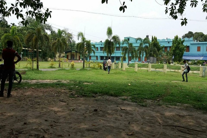 https://cache.careers360.mobi/media/colleges/social-media/media-gallery/13989/2019/3/1/Campus View of Dinabandhu Mahavidyalaya North 24 Parganas_Campus-View.jpg