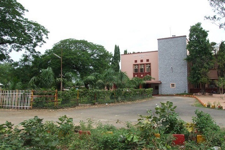 https://cache.careers360.mobi/media/colleges/social-media/media-gallery/14069/2019/5/7/Campus View Of Nagpur Veterinary College Nagpur_Campus-View.jpg