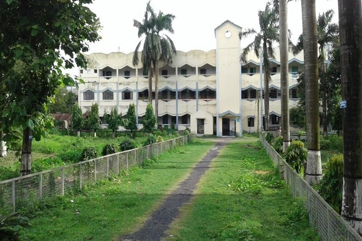 https://cache.careers360.mobi/media/colleges/social-media/media-gallery/14107/2019/1/2/Campus View of Krishnath College Berhampore_Campus View.jpg