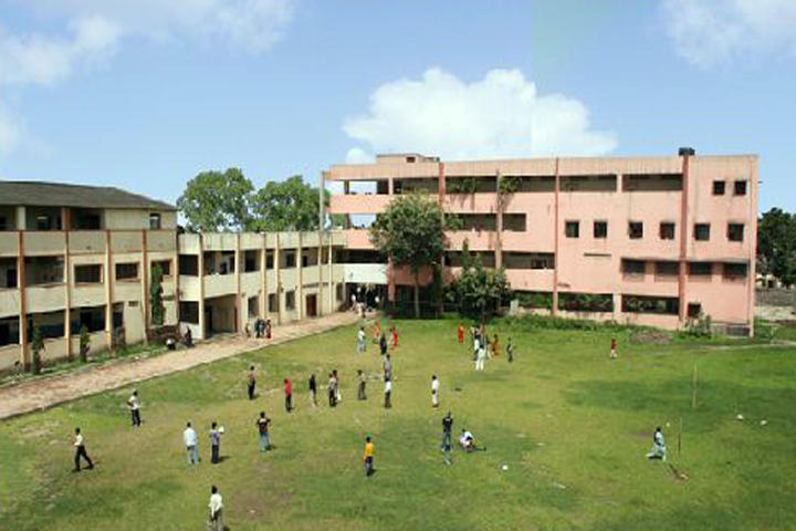 https://cache.careers360.mobi/media/colleges/social-media/media-gallery/14124/2019/5/21/College Building of Tikaram Jagannath College of Arts Commerce and Science Pune_Campus-View.jpg