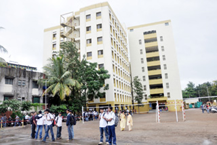 https://cache.careers360.mobi/media/colleges/social-media/media-gallery/14145/2020/1/30/College Building View of Kaveri College of Arts Science and Commerce Pune_Campus-View.jpg