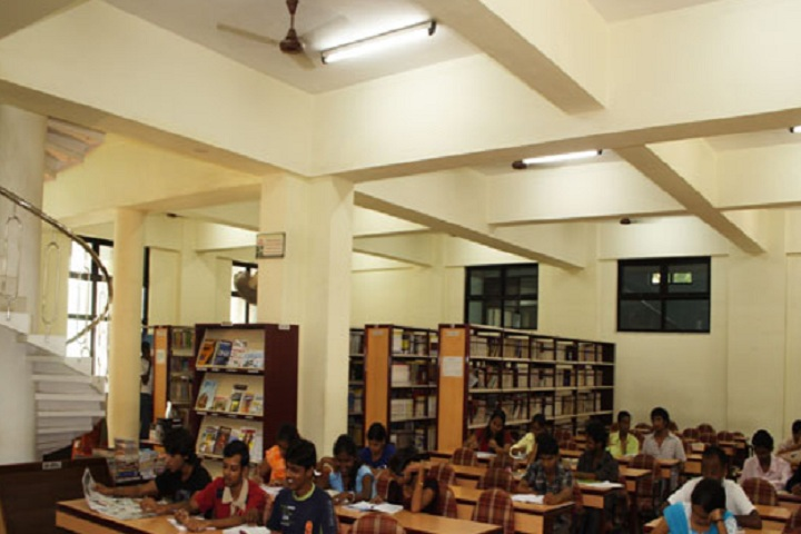 https://cache.careers360.mobi/media/colleges/social-media/media-gallery/14160/2019/3/1/Library of Pillai College of Architecture New Panvel_Library.jpg