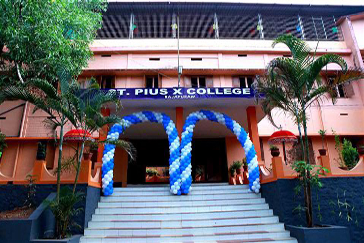 https://cache.careers360.mobi/media/colleges/social-media/media-gallery/14195/2018/8/28/St-Pius-X-College-Rajapuram1_Campus-View.jpg