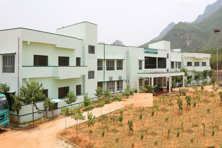 https://cache.careers360.mobi/media/colleges/social-media/media-gallery/1428/2019/1/3/Campus view of State Institute of Hotel Management Catering Technology Tirupati_Campus-view.jpg