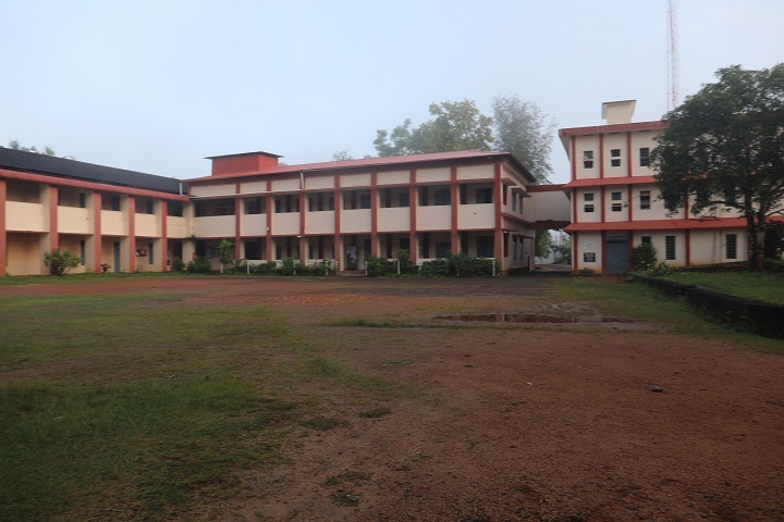 https://cache.careers360.mobi/media/colleges/social-media/media-gallery/14336/2018/9/19/Campus view full of Bishop Abraham Memorial College Thuruthicad_Campus-View.JPG