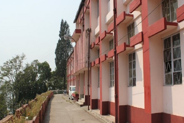 https://cache.careers360.mobi/media/colleges/social-media/media-gallery/14392/2020/1/8/Campus view of Kurseong College Darjeeling_Campus-View.jpg