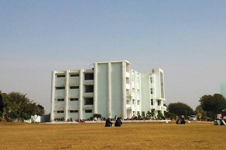 https://cache.careers360.mobi/media/colleges/social-media/media-gallery/14447/2020/2/26/Campusview of RPS Degree College Mahendergarh_Campus-View.jpg