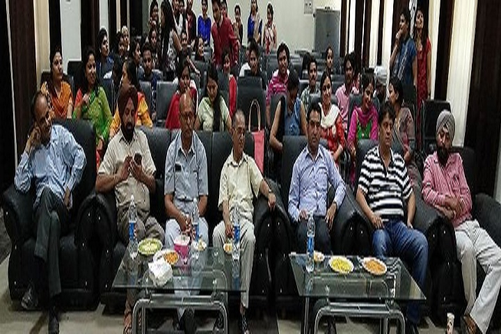 https://cache.careers360.mobi/media/colleges/social-media/media-gallery/14541/2020/5/13/Seminar Room of Government Degree College Kathua_Others.jpg