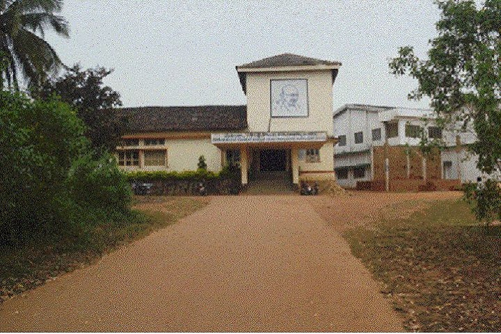 https://cache.careers360.mobi/media/colleges/social-media/media-gallery/14721/2019/2/25/Campus View of Mahatma Gandhi Centenary Arts Commerce and Ganesh Hegde Dodmane Science College Siddapura_Campus-View.JPG