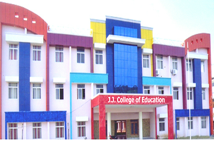 https://cache.careers360.mobi/media/colleges/social-media/media-gallery/14814/2019/2/28/Campus View of JJ College of Education Tiruchirappalli_Campus-View.png