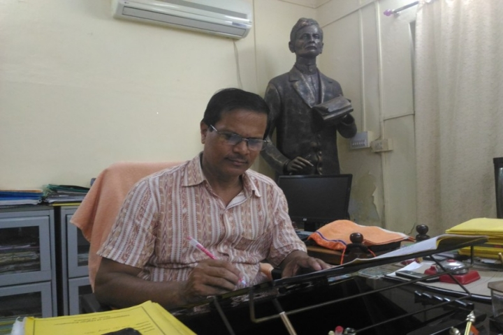 https://cache.careers360.mobi/media/colleges/social-media/media-gallery/14901/2017/1/16/Fakir-Mohan-Autonomous-College-Balasore2.jpg