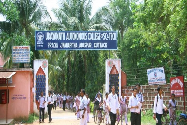https://cache.careers360.mobi/media/colleges/social-media/media-gallery/14923/2019/5/28/Campus Entrance of Udayanath Autonomous College of Science and Technolog Cuttack_Campus-view.jpg
