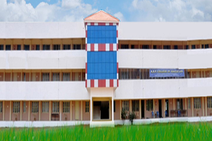 https://cache.careers360.mobi/media/colleges/social-media/media-gallery/14959/2020/7/30/Campus View of KRP College of Education Namakkal_Campus-View.png