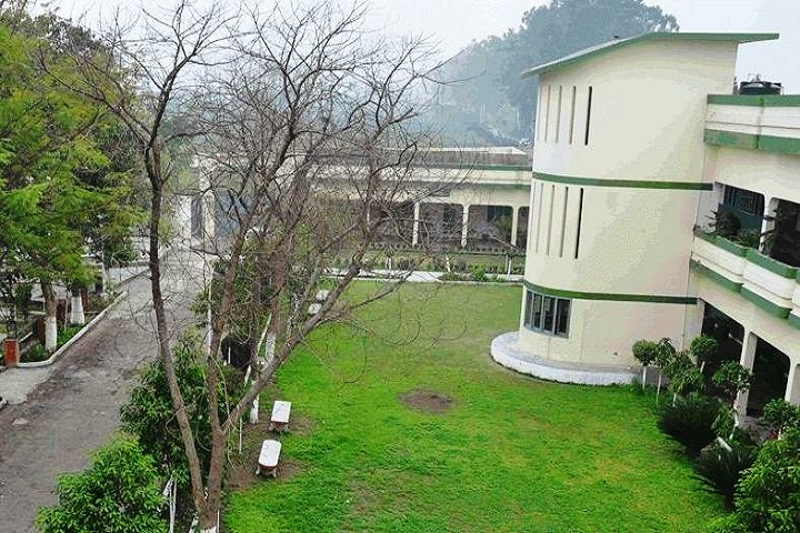 https://cache.careers360.mobi/media/colleges/social-media/media-gallery/15057/2019/2/26/Campus View of Sri Guru Teg Bahadur College of Education Amritsar_Campus-View.JPG