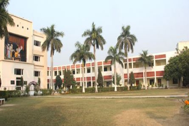 https://cache.careers360.mobi/media/colleges/social-media/media-gallery/15153/2018/12/13/Campus View of Sikh National College SBS Nagar_Campus-View.JPG