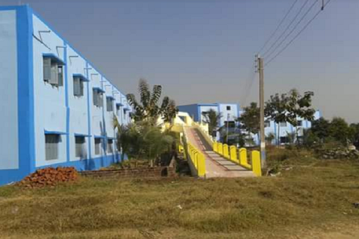 https://cache.careers360.mobi/media/colleges/social-media/media-gallery/15265/2019/2/26/Campus View of Panchakot Mahavidyalaya Purulia_Campus-View.png