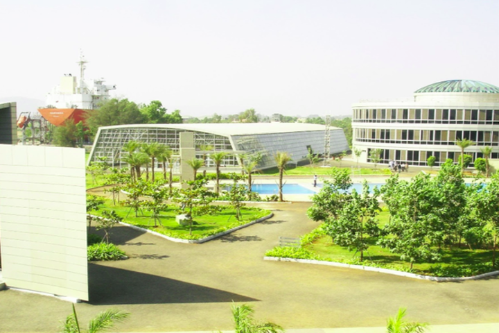 https://cache.careers360.mobi/media/colleges/social-media/media-gallery/15274/2019/1/9/Campus View of Samundra Institute of Maritime Studies Pune_Campus-View.png