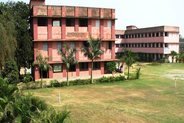 https://cache.careers360.mobi/media/colleges/social-media/media-gallery/15285/2018/11/3/Campus view of Panskura Banamali College East Midnapore_Campus-view.jpg