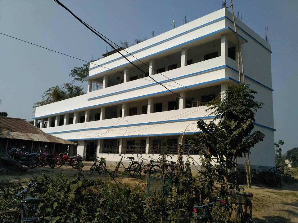 https://cache.careers360.mobi/media/colleges/social-media/media-gallery/15292/2020/1/20/Campus View of Siddhinath Mahavidyalaya Purba Medinipur_Campus-View2.jpg