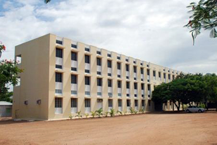 https://cache.careers360.mobi/media/colleges/social-media/media-gallery/15417/2018/12/13/Campus View of Pioneer College of Arts and Science Coimbatore_Campus-View.JPG