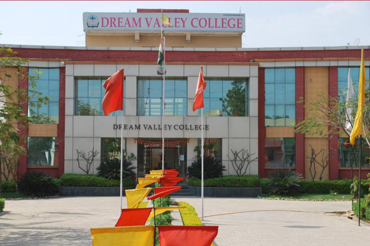 https://cache.careers360.mobi/media/colleges/social-media/media-gallery/15425/2019/1/21/Campus View of Dream Valley College Gwalior_Campus-View.JPG