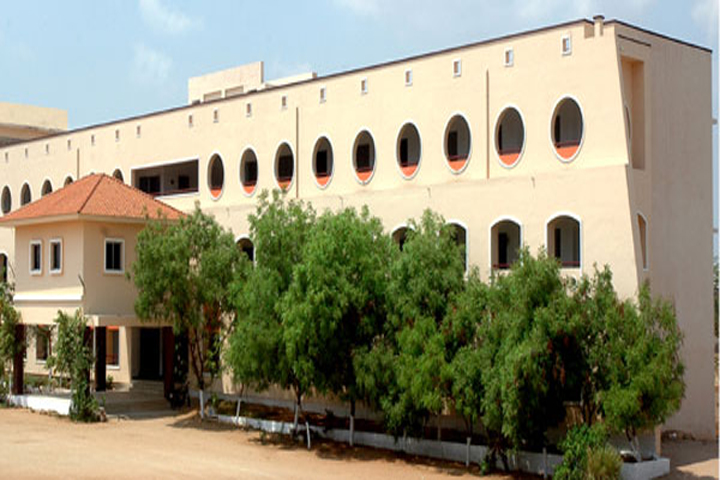 https://cache.careers360.mobi/media/colleges/social-media/media-gallery/15505/2019/4/26/Buliding of Maharani Arts and Science College Tirupur_Campus-View.jpg