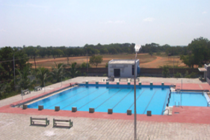 https://cache.careers360.mobi/media/colleges/social-media/media-gallery/15572/2018/12/20/Swimming Pool of Rajapalayam Rajus College Rajapalayam_Others.png
