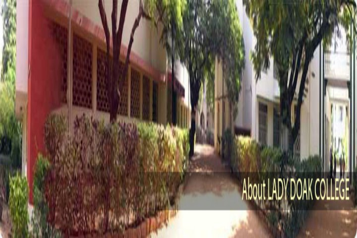 https://cache.careers360.mobi/media/colleges/social-media/media-gallery/15603/2018/9/26/Campus view of Lady Doak College Madurai_Campus-view .jpg