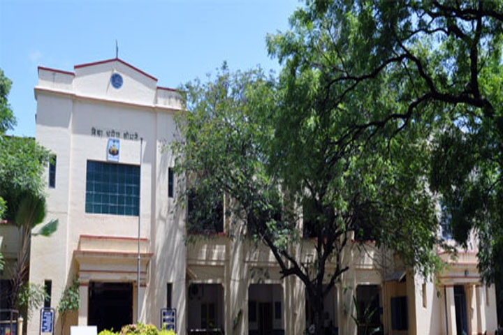 https://cache.careers360.mobi/media/colleges/social-media/media-gallery/15604/2019/1/1/Campus View of The Madura College Madurai_Campus-View.jpg