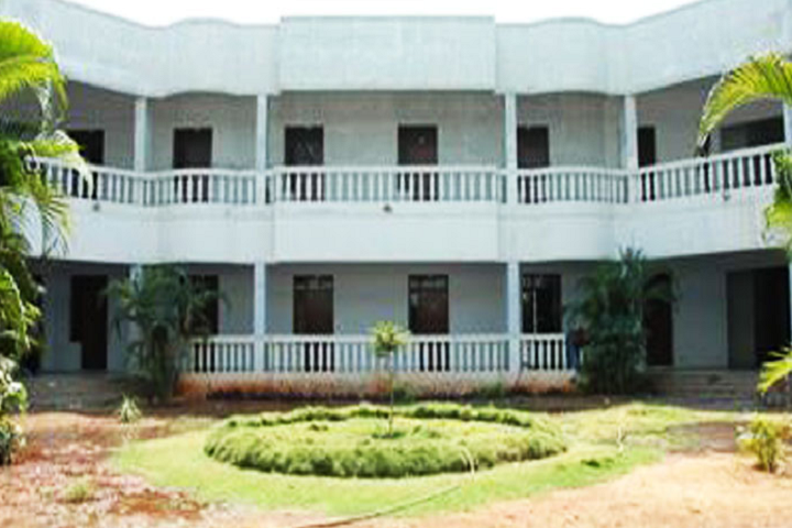 https://cache.careers360.mobi/media/colleges/social-media/media-gallery/15612/2018/12/21/Campus inside View of Annai Fathima College of Arts and Science Madurai_Campus-View.png