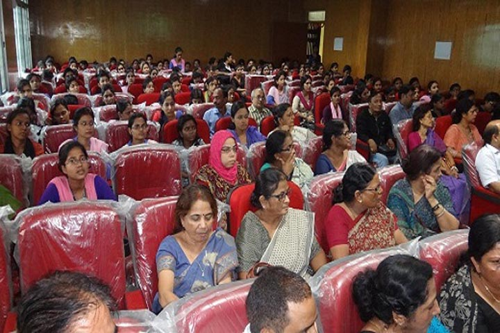 https://cache.careers360.mobi/media/colleges/social-media/media-gallery/15645/2016/8/26/Sri-Arvind-Mahila-College-Patna-(21).JPG