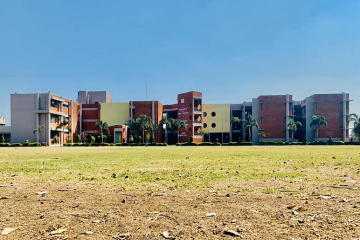 https://cache.careers360.mobi/media/colleges/social-media/media-gallery/15718/2021/2/24/Building View of Ambaba Commerce College Maniba Institute of Business Management and Deviba Institute of Computer Application Surat_Campus-View.png