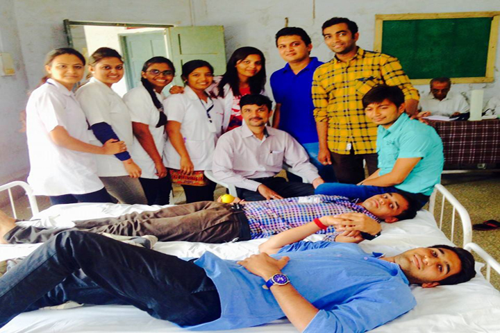https://cache.careers360.mobi/media/colleges/social-media/media-gallery/15721/2016/9/14/Anand-Homoeopathic-Medical-College-Research-(2).jpg