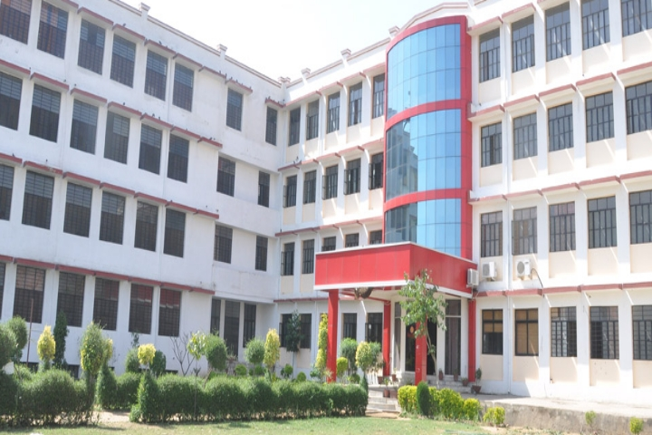 https://cache.careers360.mobi/media/colleges/social-media/media-gallery/15760/2018/9/20/Campus-view of Rawat PG Girls College_Campus-view.jpg