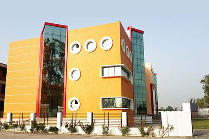https://cache.careers360.mobi/media/colleges/social-media/media-gallery/15773/2018/12/14/Campus View of HP Institute of Higher Education Budaun_Campus-View.jpg