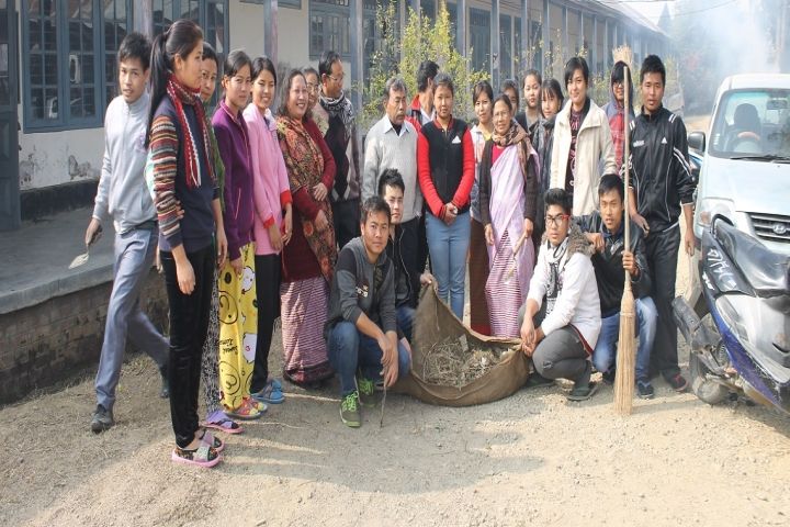 https://cache.careers360.mobi/media/colleges/social-media/media-gallery/15778/2019/1/5/Group Photo of DM College of Science Imphal_Others.jpg