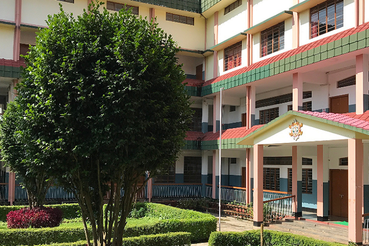 https://cache.careers360.mobi/media/colleges/social-media/media-gallery/15792/2019/2/22/Campus View of St Edmunds College Shillong_Campus-View.png