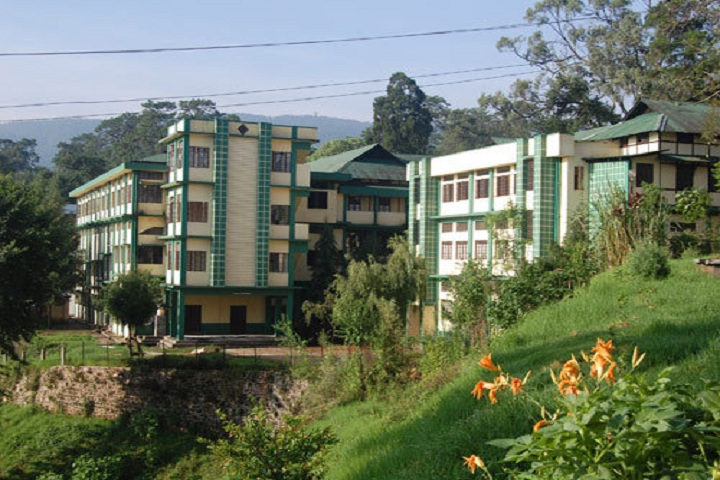 https://cache.careers360.mobi/media/colleges/social-media/media-gallery/15793/2019/5/7/Campus View of Lady Keane College Shillong_Campus-View.jpg