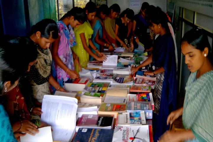 https://cache.careers360.mobi/media/colleges/social-media/media-gallery/15826/2016/9/6/Sarvodaya-Shikshan-Sanstha-College-of-Arts-Kowad-(7).jpg