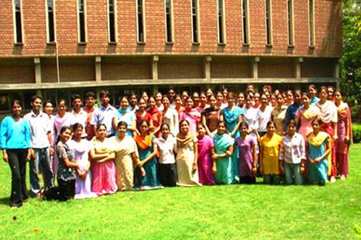 https://cache.careers360.mobi/media/colleges/social-media/media-gallery/15837/2016/9/10/College-of-Nursing-Christian-Medical-College-Ludhiana-(2).JPG