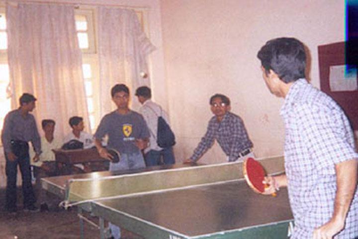 https://cache.careers360.mobi/media/colleges/social-media/media-gallery/15874/2016/9/22/Master-Balveer-Singh-College-Bharatpur-(9).jpg