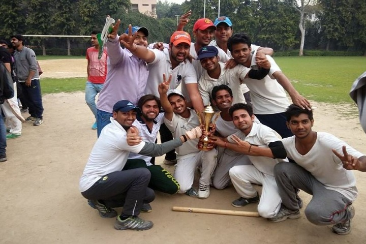 https://cache.careers360.mobi/media/colleges/social-media/media-gallery/15893/2019/5/7/Sports Team of MERI Professional and Law Institute Bahadurgarh_Sports.jpg