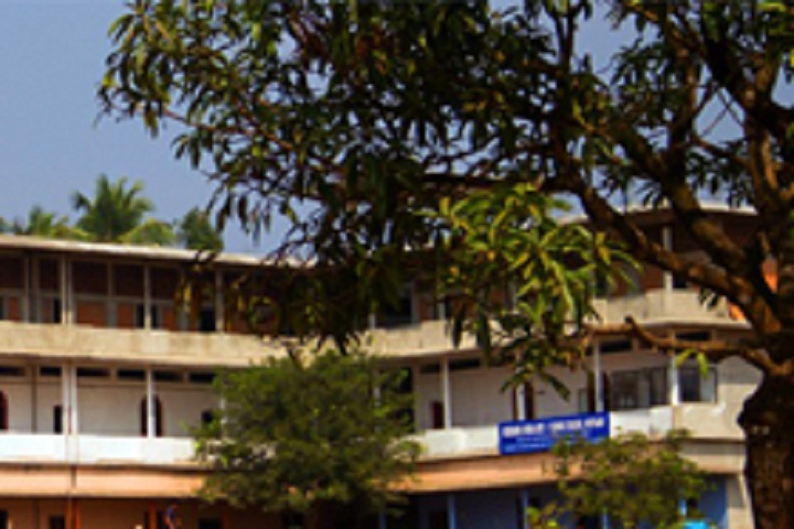 https://cache.careers360.mobi/media/colleges/social-media/media-gallery/15903/2018/12/17/Campus View of Misbahul Huda Arts and Science College Kozhikode_Campus-View.jpg